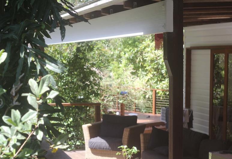 Peaceful Rainforest Wildlife Retreat, Дорроуби, Терраса/ патио