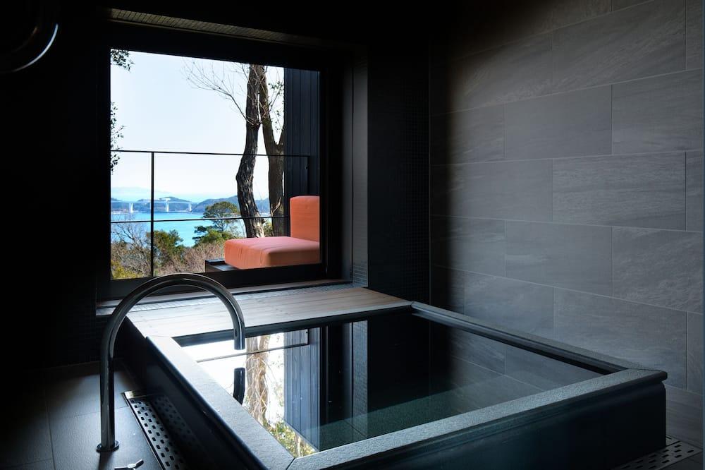 Traditional-huone (Modern Japanese Style) - Kylpyhuone
