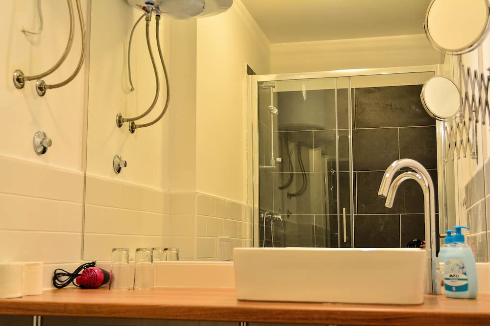 Quarto Standard, Vista Mar Parcial - Casa de banho