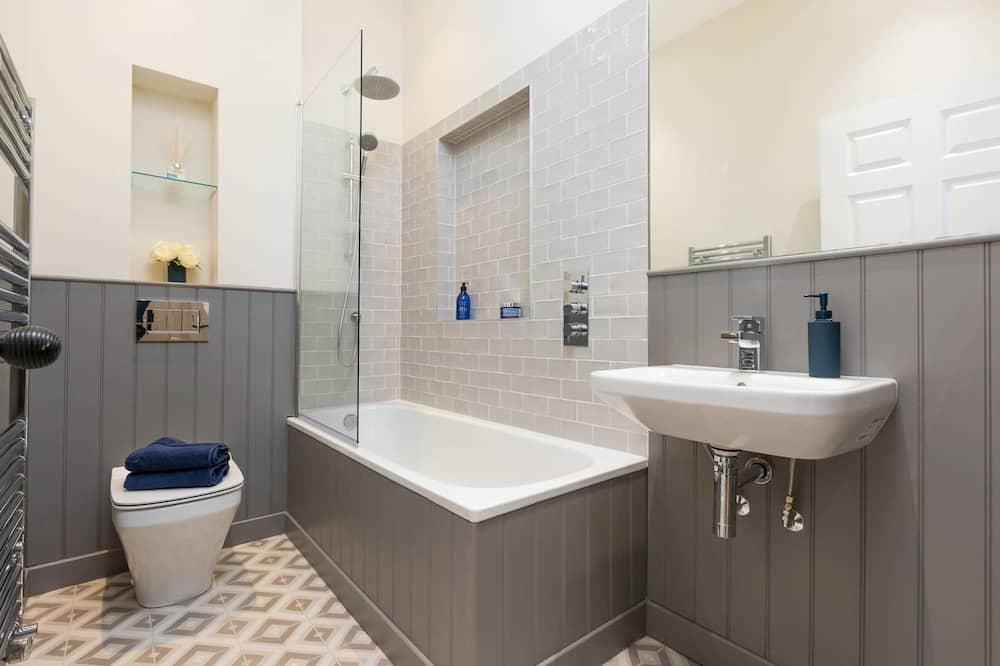 דירה (1 Bedroom) - חדר רחצה
