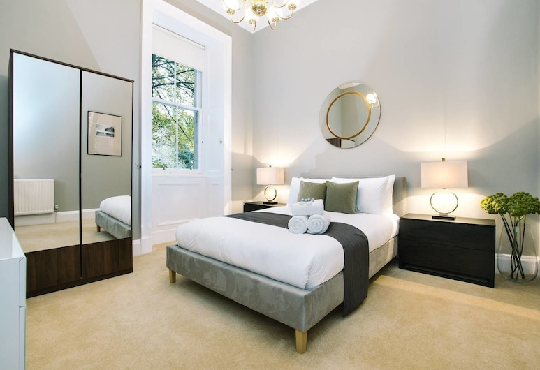 Palmerston Place Residence: Luxury City Centre Apt With Private Parking, Édimbourg