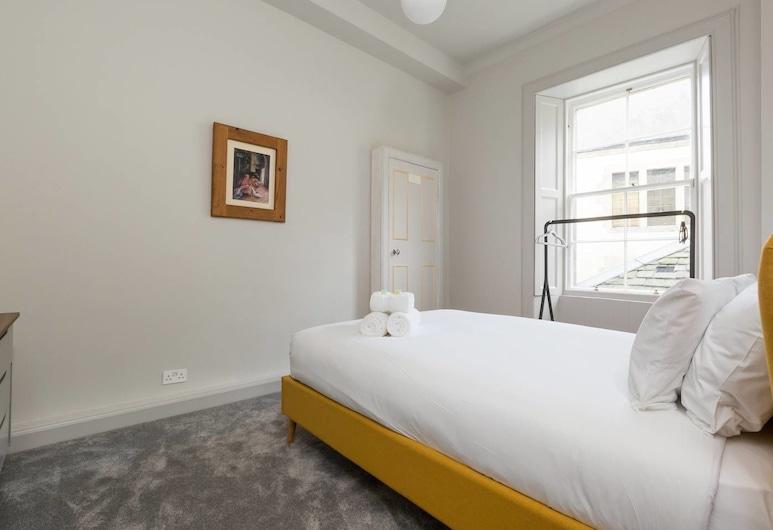 Iconic Cockburn Street 4 Bedroom Apartment: Heart of Old Town, Edinburgh, Appartement (4 Bedrooms), Kamer