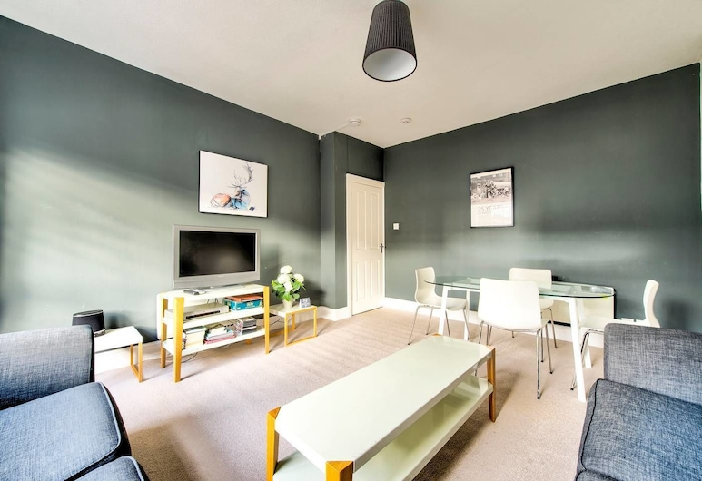 Great Location - Lovely Rose St Apt in City Centre, Edinburgh, Appartement (1 Bedroom), Woonkamer