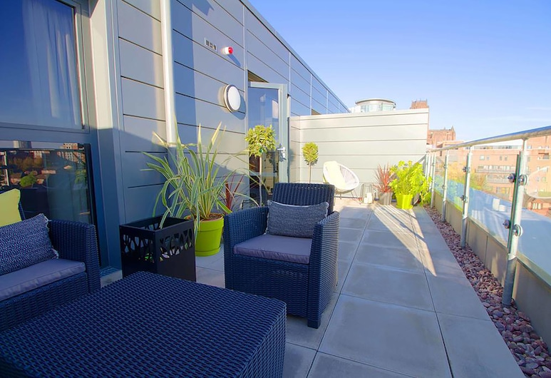 Chavasse Apartments, Liverpool, Family Apartment, Courtyard View, Terrace/Patio
