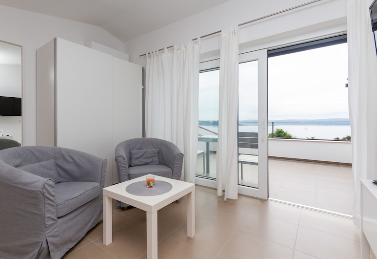N&N Apartments & Rooms by Locap Group, Piran, Comfort Double Room, Sea View (1), Living Area