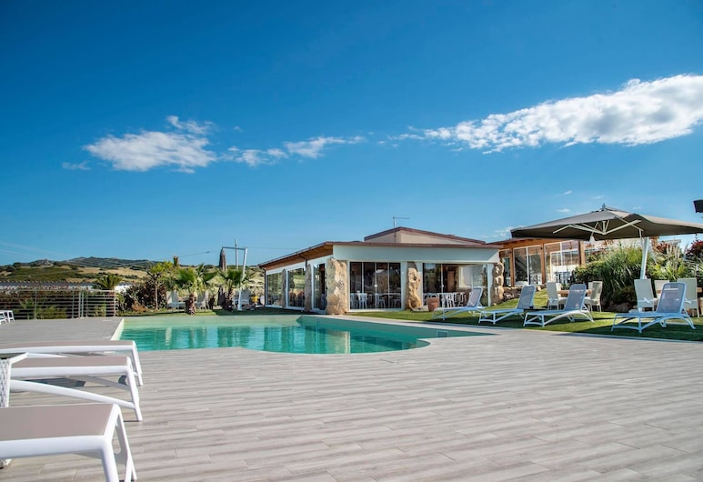 Botanic Golf SaCuba & Resort, Олбиа