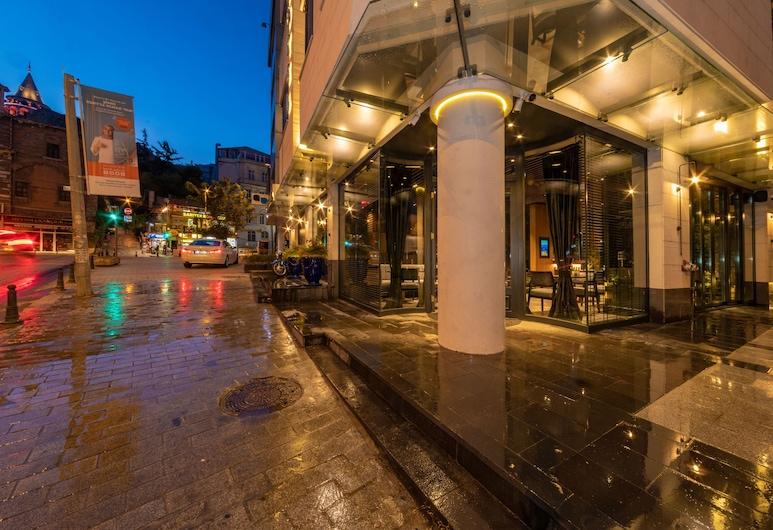 Opale Hotel, Istanbul, Mặt tiền khách sạn