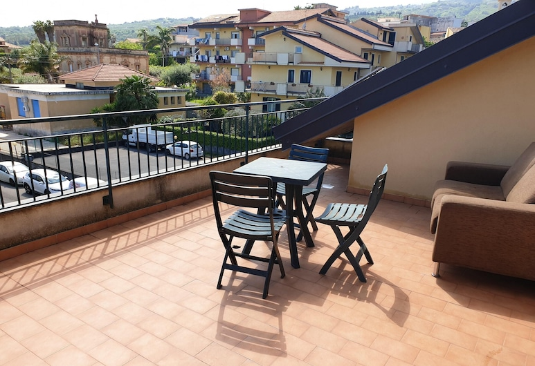 Apartment With one Bedroom in Sant'antonino, With Furnished Terrace and Wifi - 2 km From the Beach, Mascali