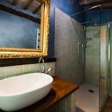 Executive Double Room, Private Bathroom (External) - Bathroom