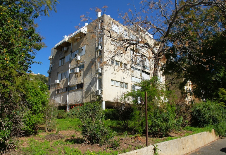 KAV Apartments -Next to Assuta Dakar St., Tel Aviv, Front of property