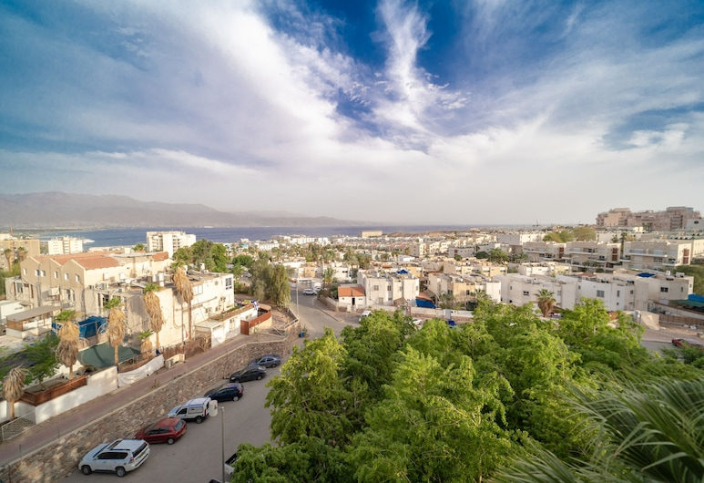 Sea View Spacious 3 Bedroom Apartment, Eilat