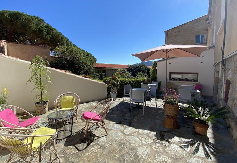 Hotel Casa Orfea, Algajola, Terase/iekšējais pagalms