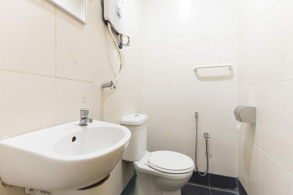 Standard Double Room, 1 Katil Ratu (Queen) - Bathroom