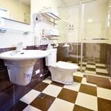 Familienzimmer (201) - Badezimmer