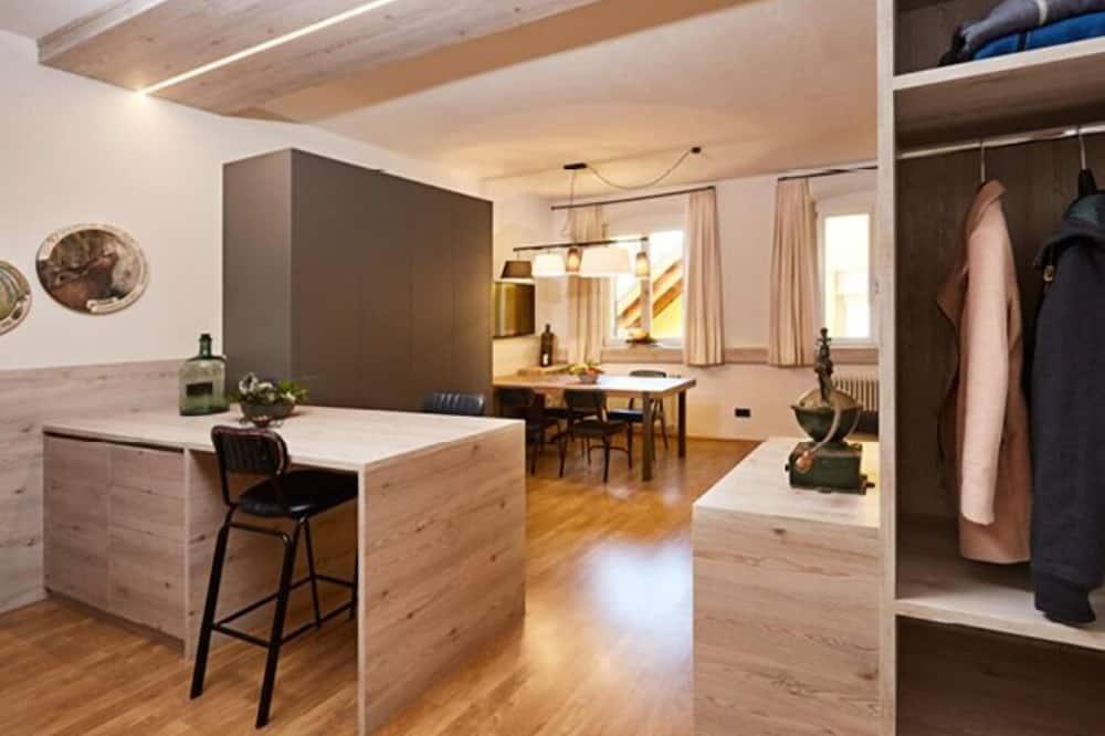 City-huoneisto, 1 makuuhuone, Kaupunkinäköala (Sandplatz) - Ruokailu omassa huoneessa