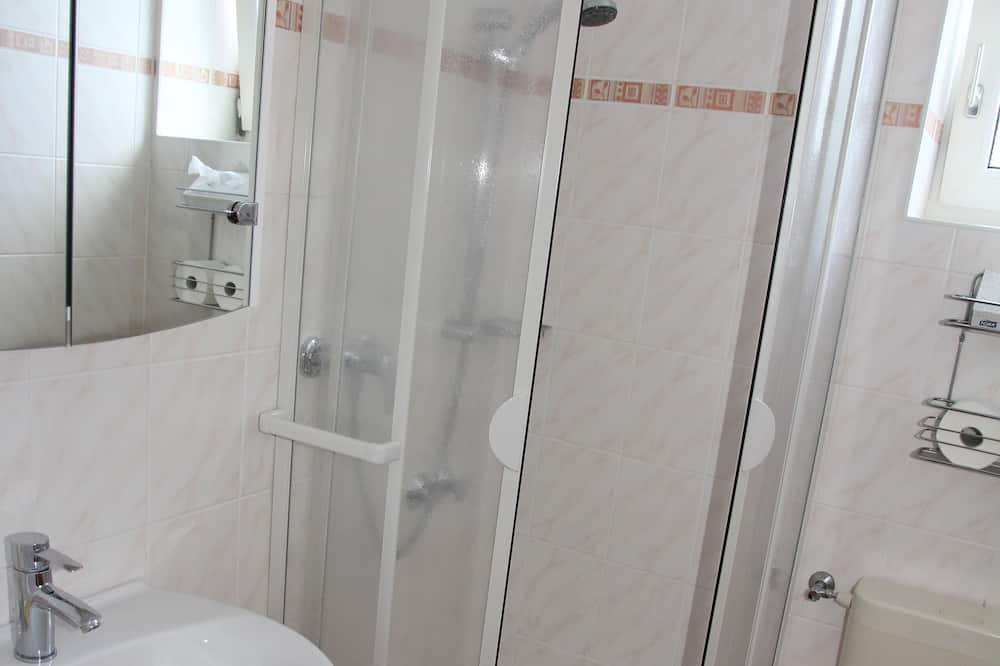 Business Single Room, Garden View - Bathroom
