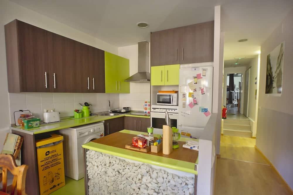 Appartement, 3 chambres, balcon - Cuisine partagée