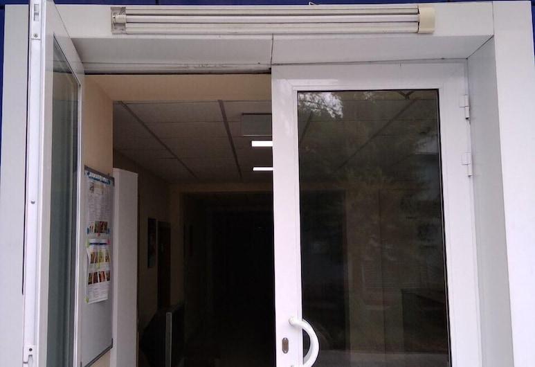 Azia Center Dzudo, Tashkent, Hotel bejárata