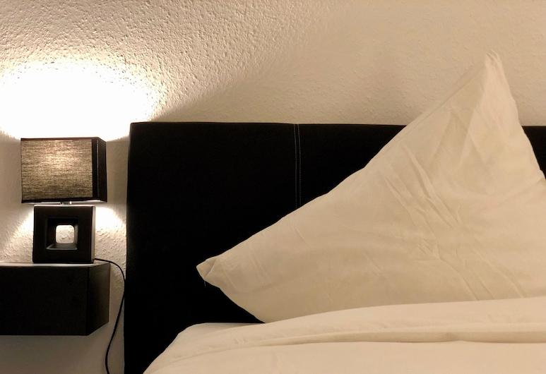 Q! Apartments Düsseldorf, Düsseldorf, Business - kahden hengen huone, 1 suuri parisänky, Oleskelualue