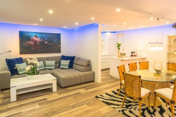 Mynd af Luxury Apartment & Penthouse Villa í Cologne