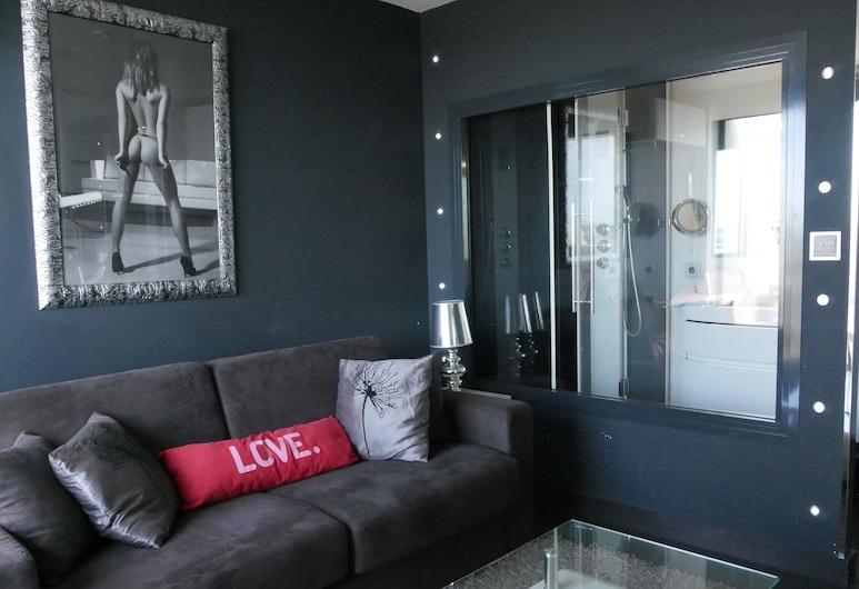 Studio VIP Héliopolis AB, אגד, סטודיו, סלון
