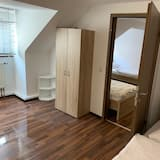 Apartment 11 - Room