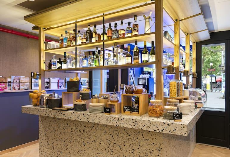 Oh La La! Hotel bar - Paris Bastille, Paris, Restaurant