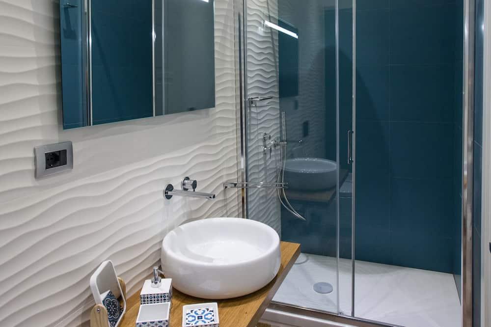 Comfort Double Room, City View - Bathroom