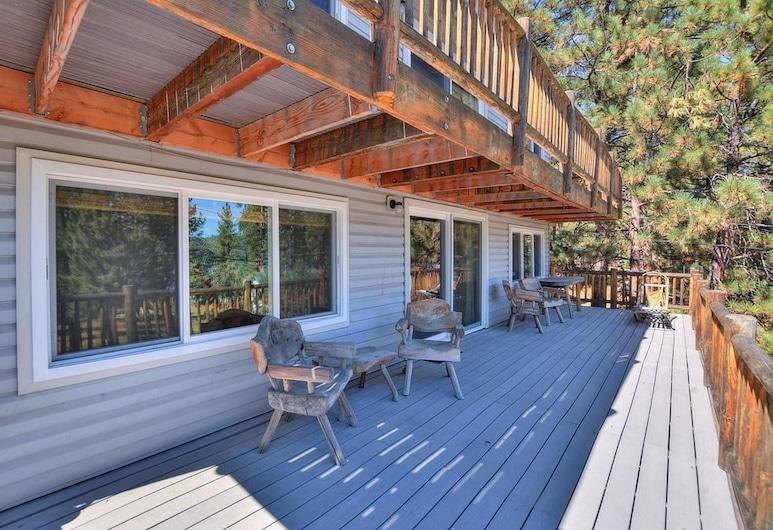Bare Necessities, Big Bear Lake, Cabin, 3 Bedrooms, Terrace/Patio