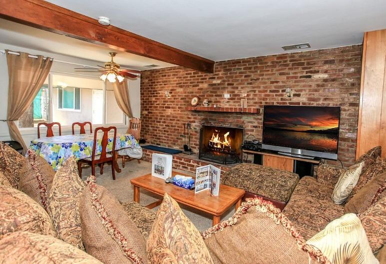 調整海拔酒店, 大熊湖, 小屋, 2 間臥室, 客廳