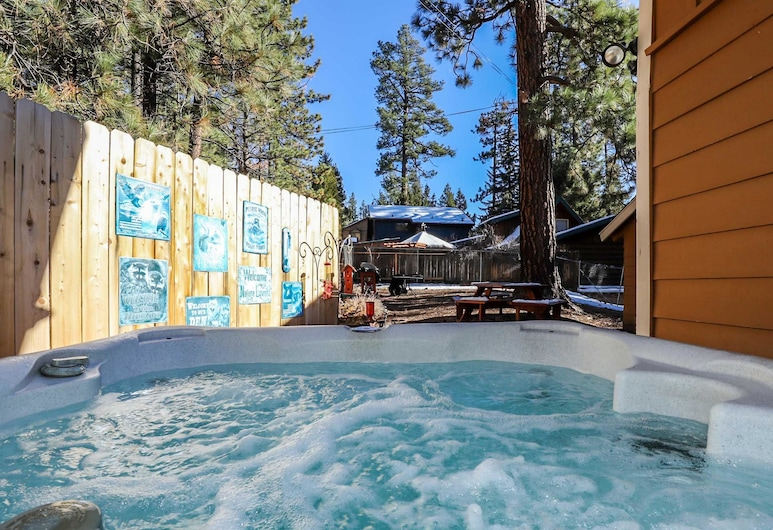 卡塔利納度假屋, 大熊湖, 小屋, 3 間臥室, 室外 SPA 浴池
