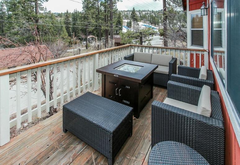 卡卡的小屋酒店, 大熊湖, 單棟房屋, 3 間臥室, 露台
