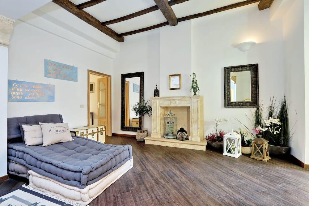 Departamento, Varias camas, vista a la ciudad - Sala de estar