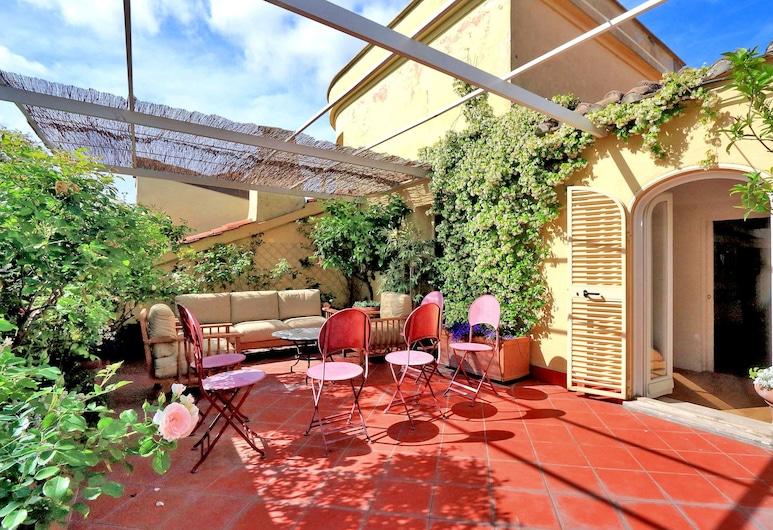 Passeggiata Penthouse - My Extra home, רומא, מרפסת/פטיו