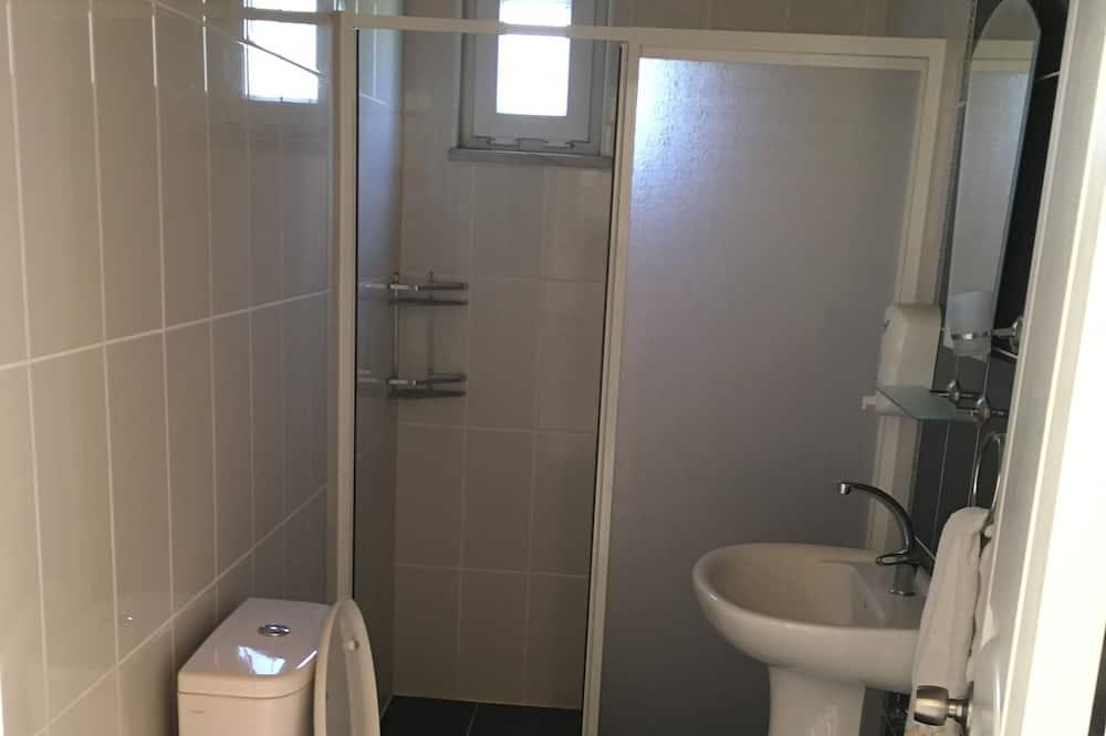 Basic Penthouse - Bathroom