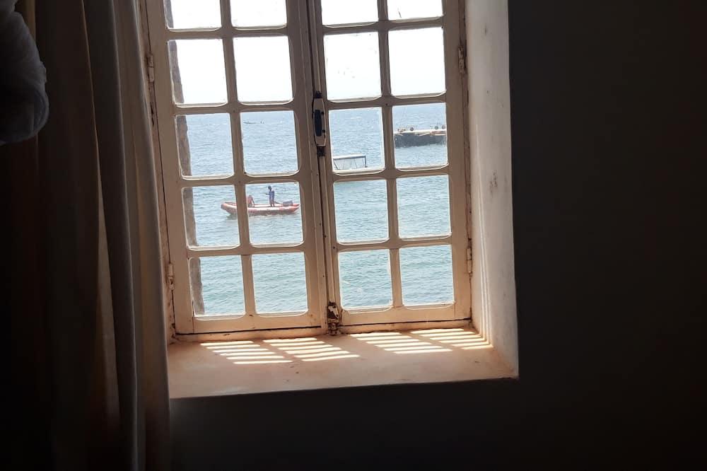 Basic Room - Beach/Ocean View