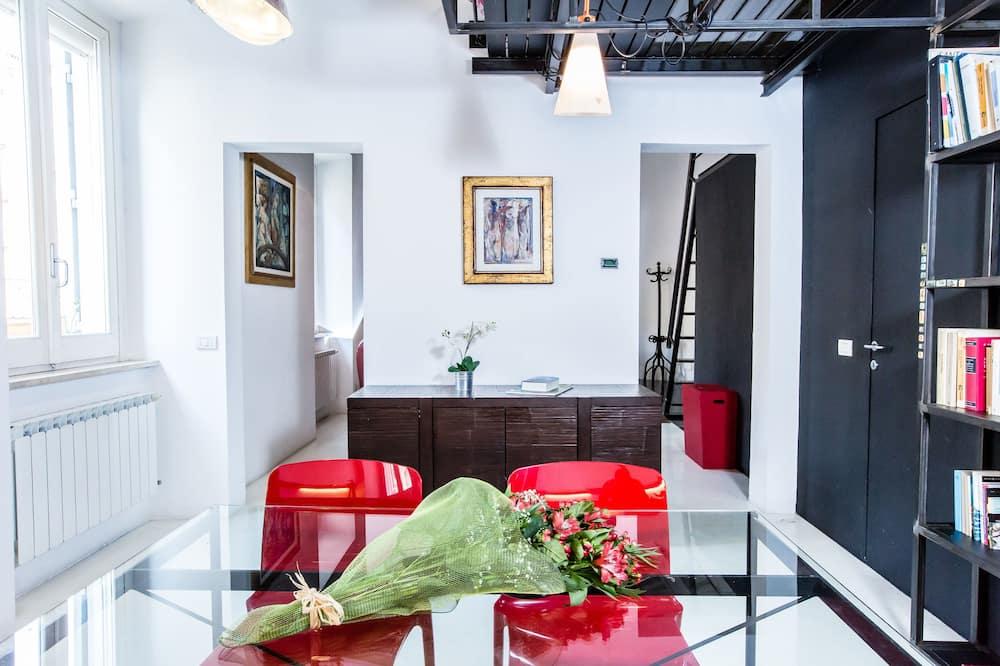 Duplex, 1 Bedroom - In-Room Dining
