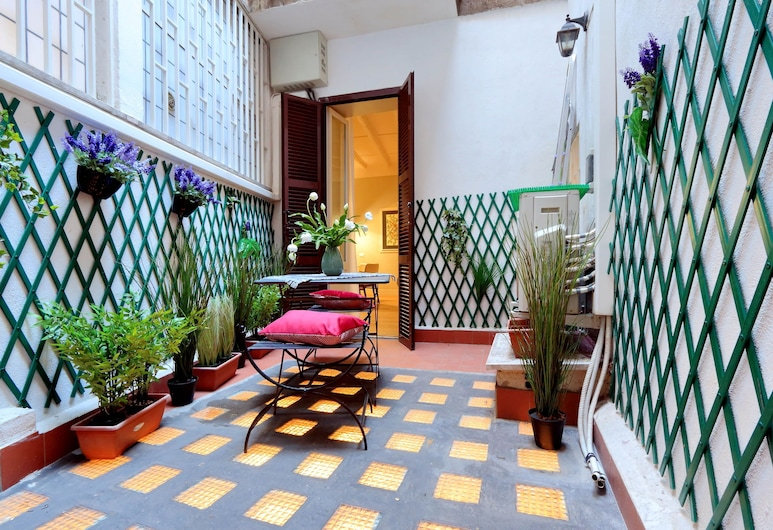 Farnese Charme - My Extra Home, Rome, Apartment, 2 Bedrooms, Terrace/Patio