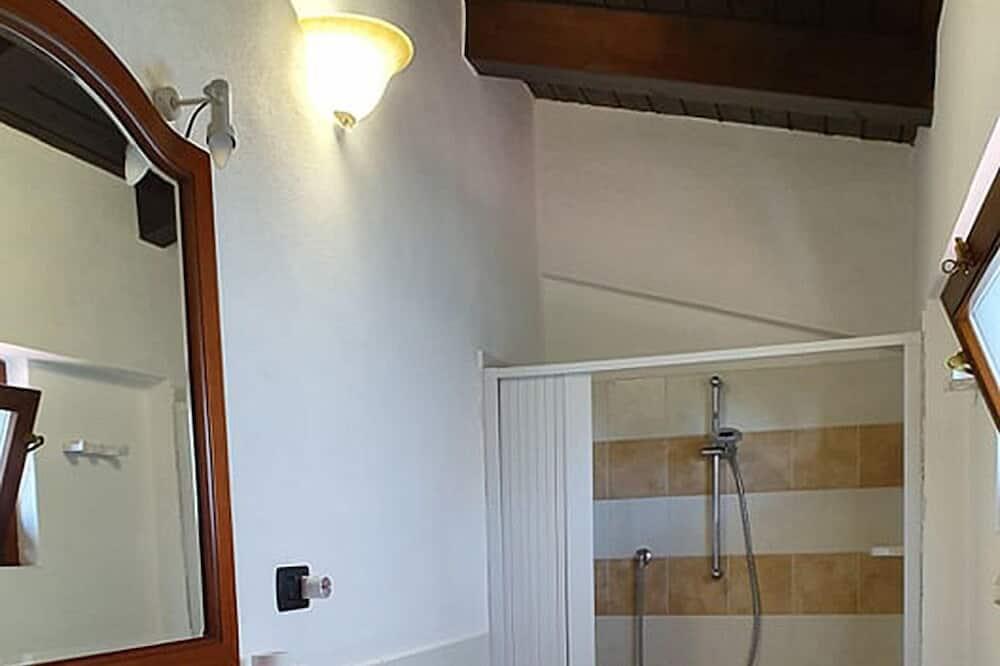 Double or Twin Room (n 1) - Bathroom