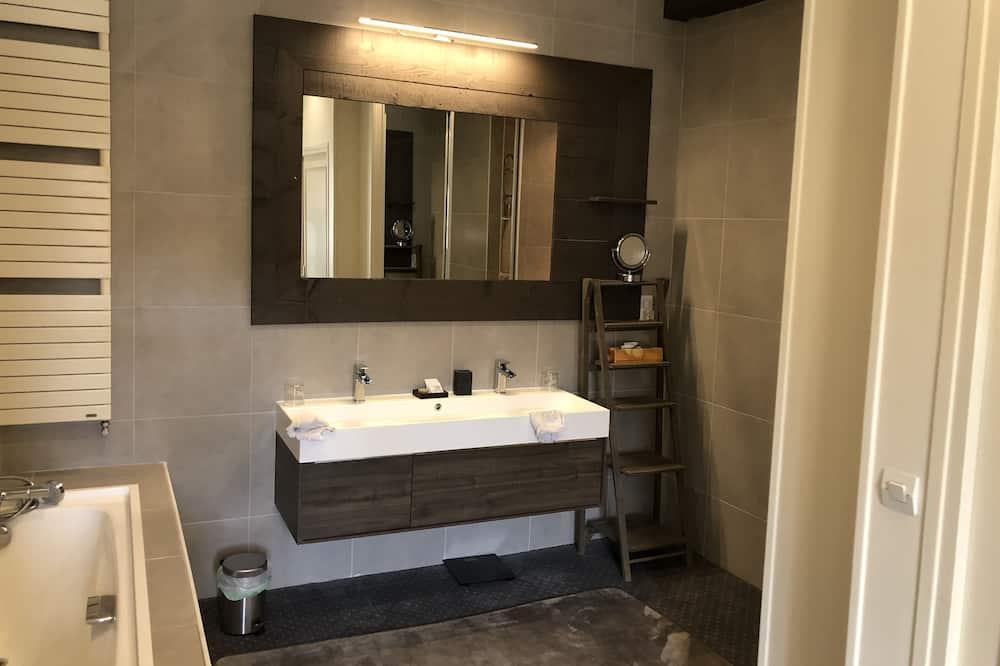 Huis, en-suite badkamer, Uitzicht op de binnenplaats (Instant La Ferme) - Badkamer