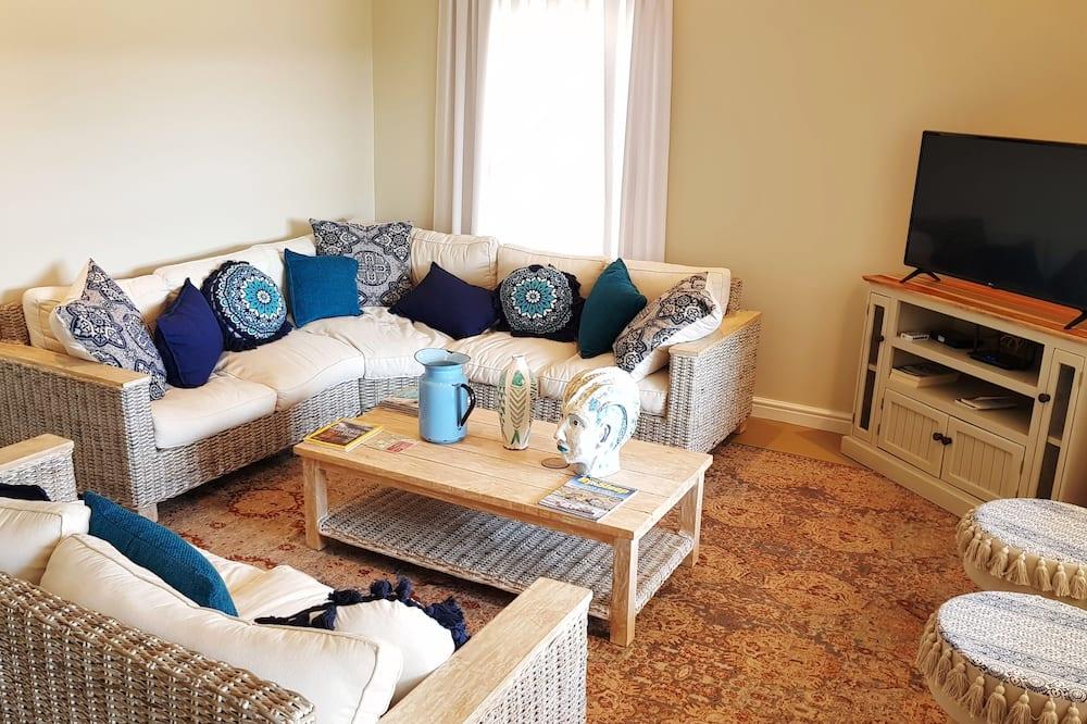 Comfort Villa, Garden View - Living Area