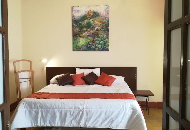 Casa Hotel Aroma 406, Пуэбла, Стандартный номер, для некурящих, смежные ванная комната и спальня, Номер