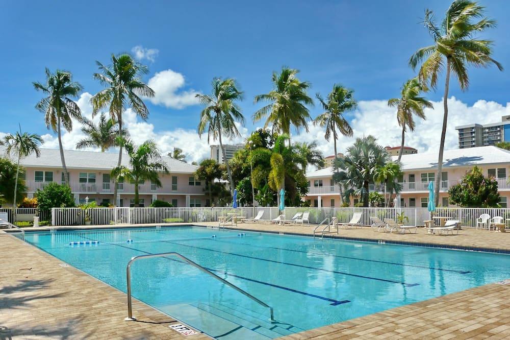 Nhà, Nhiều giường (Seabreeze South R-7) - Hồ bơi