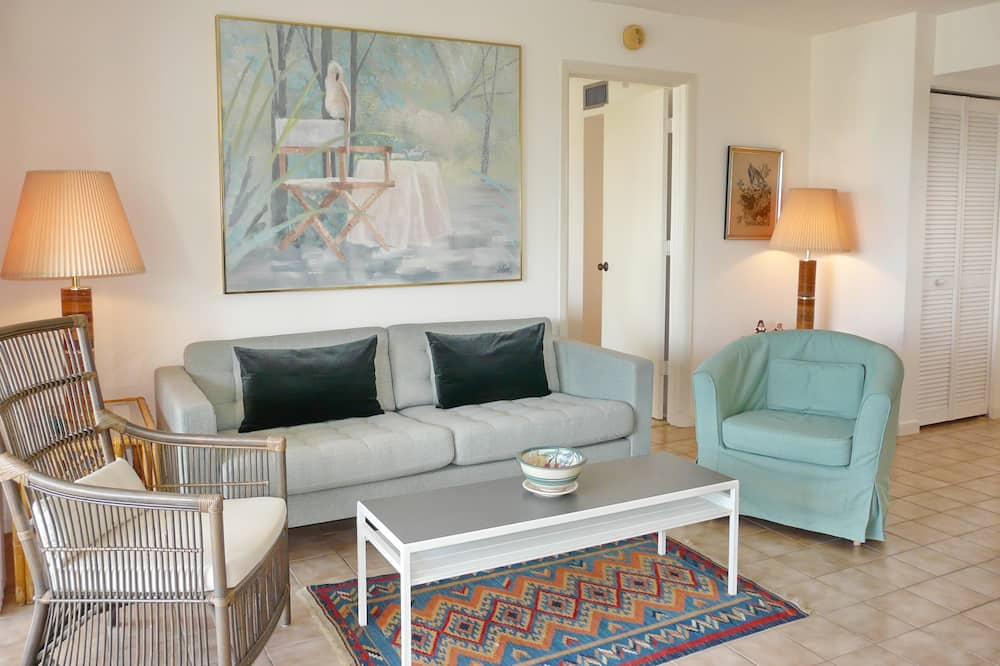 Apartment, Mehrere Betten (Sands of Marco C-502) - Wohnbereich