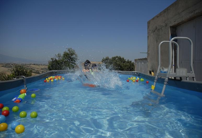 達維納民宿, 阿泰薩, 室外泳池