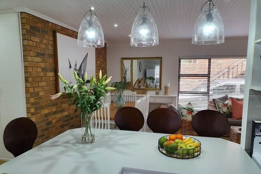 Comfort Σπίτι, 4 Υπνοδωμάτια - Γεύματα στο δωμάτιο