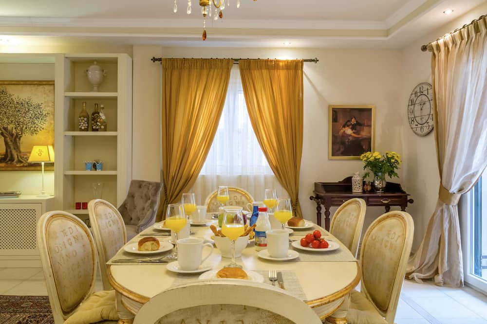 Kuća, 3 spavaće sobe - Obroci u sobi