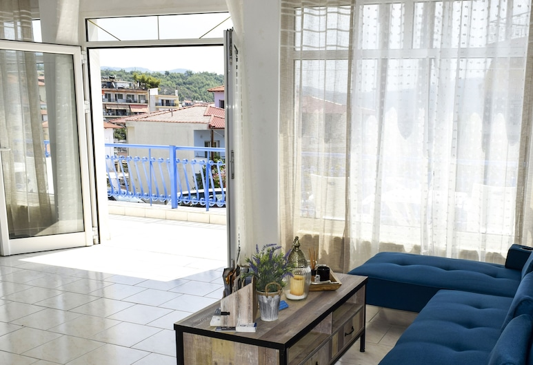 Pella Hotel, Sithonia, Meja Sambut Tetamu