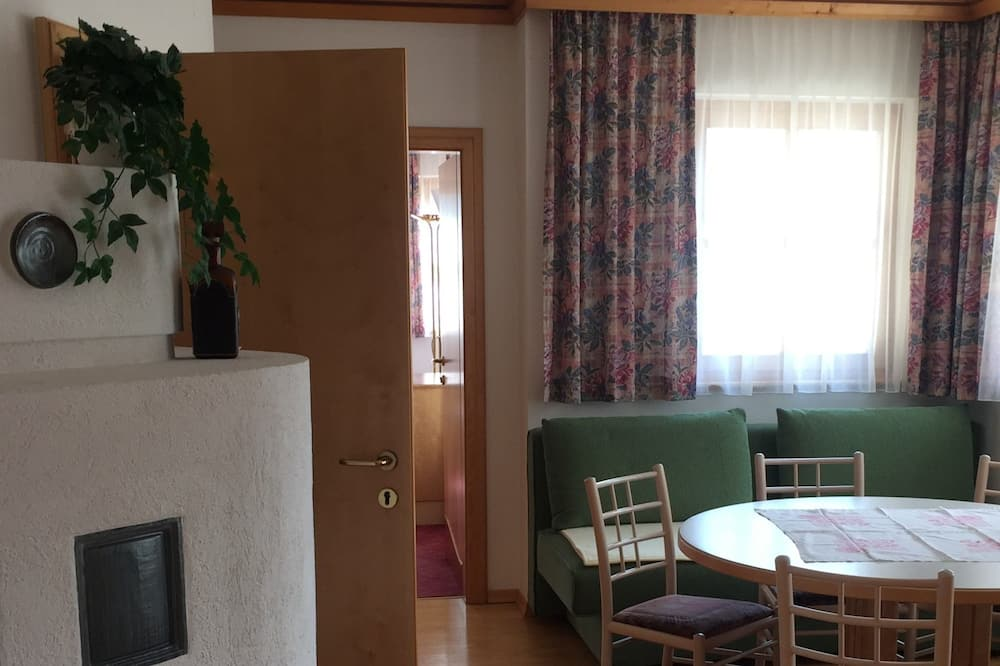 Căn hộ Cao cấp, Nhiều giường - Khu phòng khách