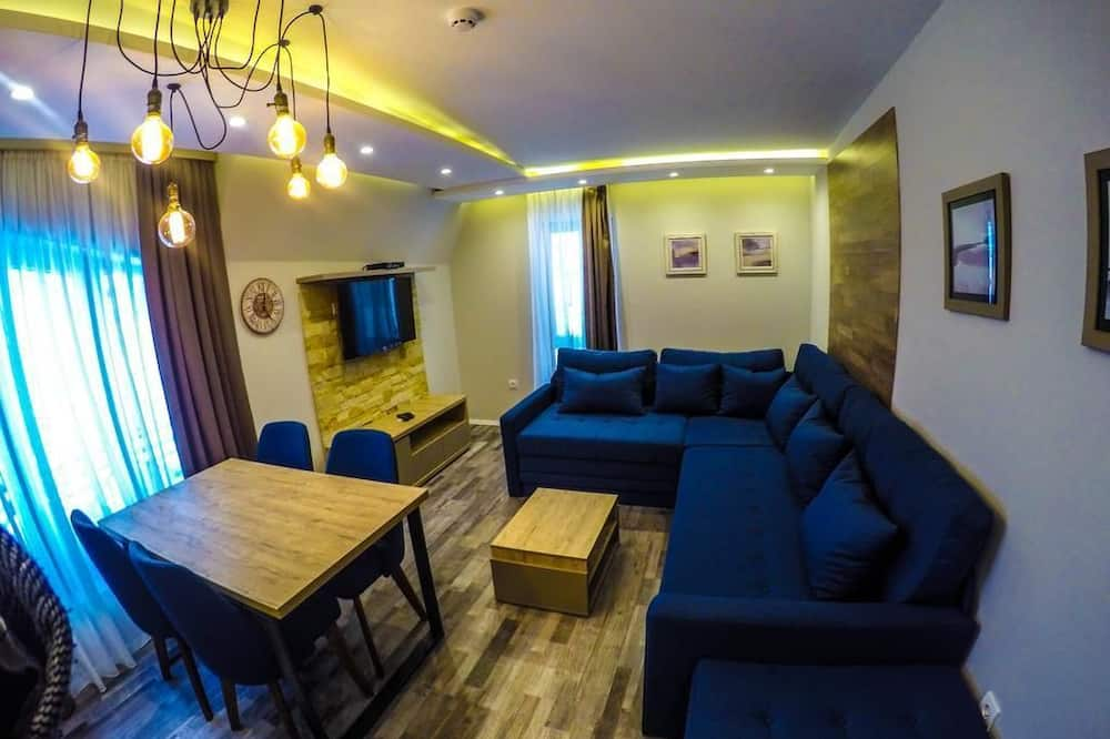 Apartment, 1 Bedroom (up 4 people) - Living Room